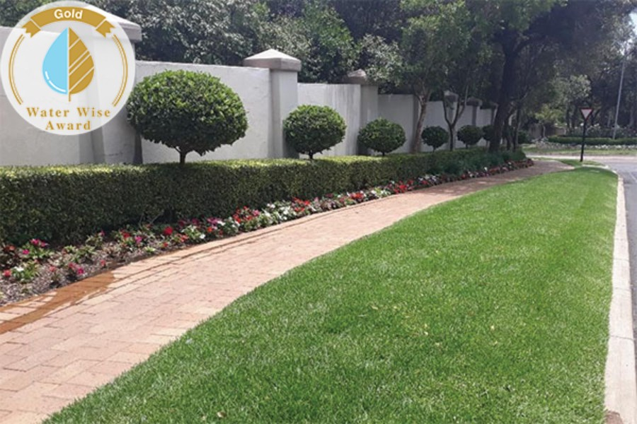 Servest Landscaping & Turf, a division of Servest Pty Ltd<br/>for<br/>Dainfern Valley Estates