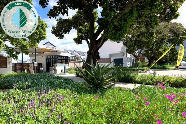 Landscaping Africa<br/>for<br/>Rondebosch Oval Lifestyle Estate