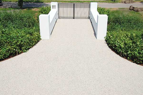 Why permeable gravel surfaces is an option for a holiday home
